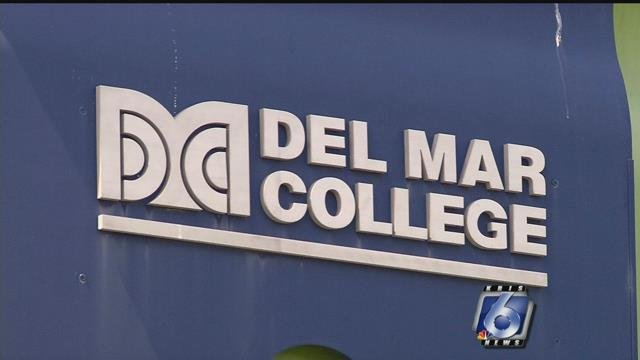 A picture of the side of a Del Mar College building.