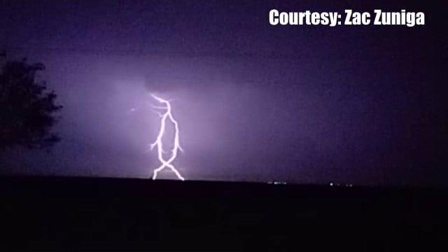 Lightning outside of Robstown, Tx (Courtesy: Zac Zuniga)