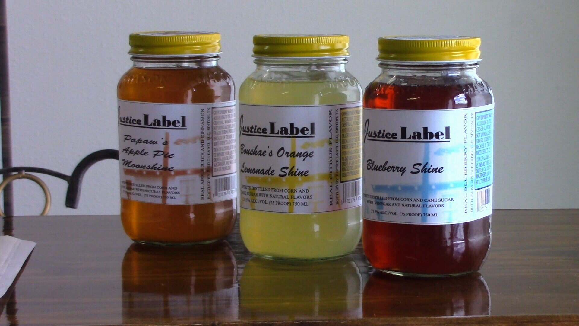 Lemonade, Blueberry, and Apple Pie are popular flavors