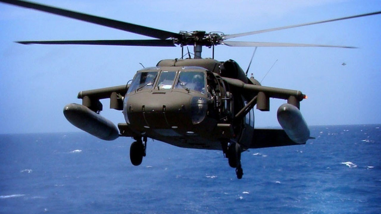 PHOTO: U.S. Army UH-60 Black Hawk helicopter, Photo Date: April 2010