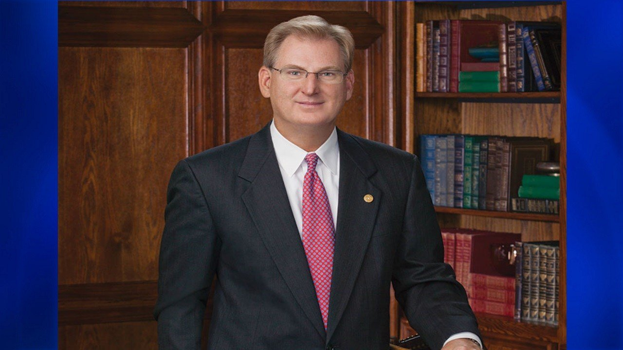 Scott Heitkamp, a Corpus Christi Business leader, met with lawmakers on Capitol Hill Tuesday afternoon. (Courtesy: independentbanker.org)