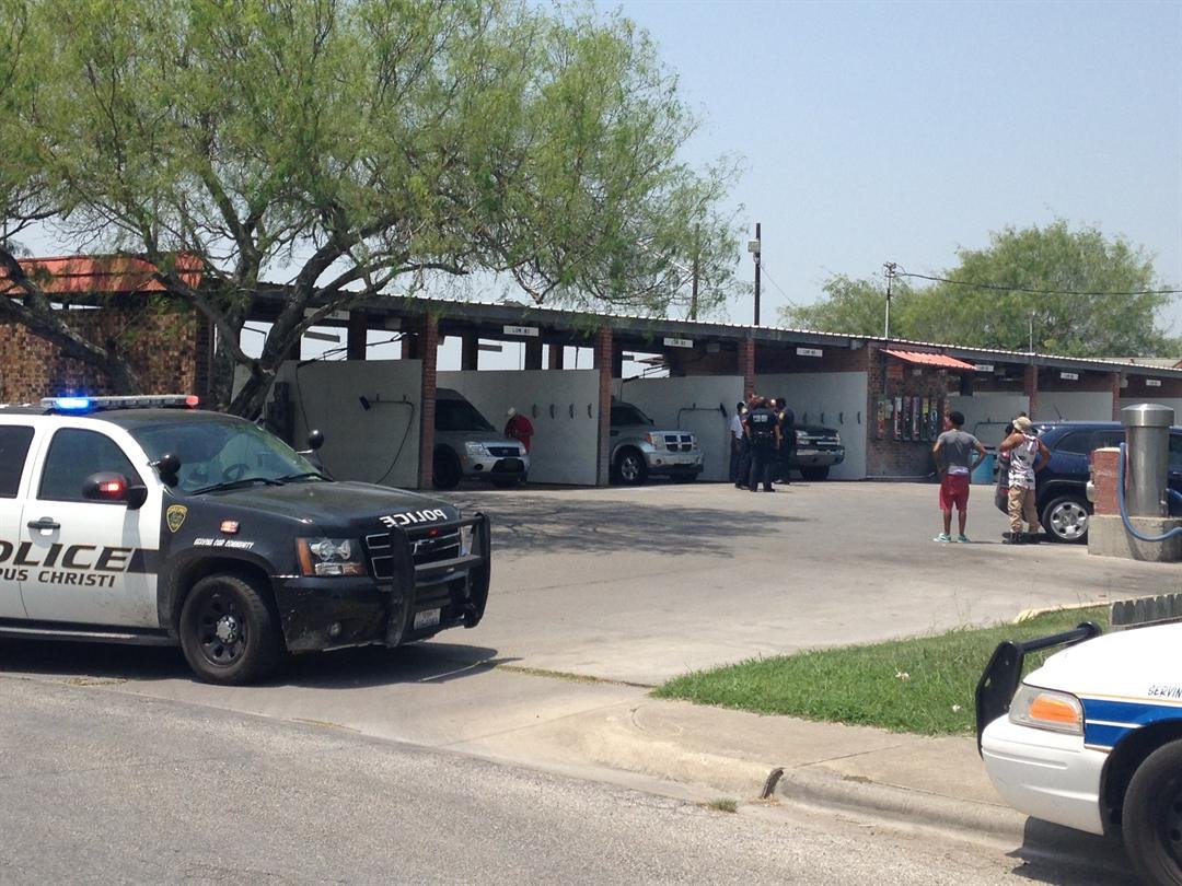 Police report that a man was shot in the leg after an argument at a carwash on Baldwin.