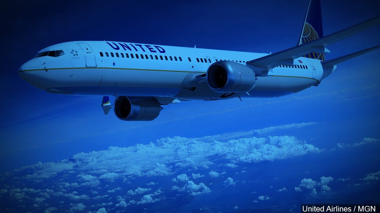 United Airlines reaches settlement with passenger who was dragged off plane