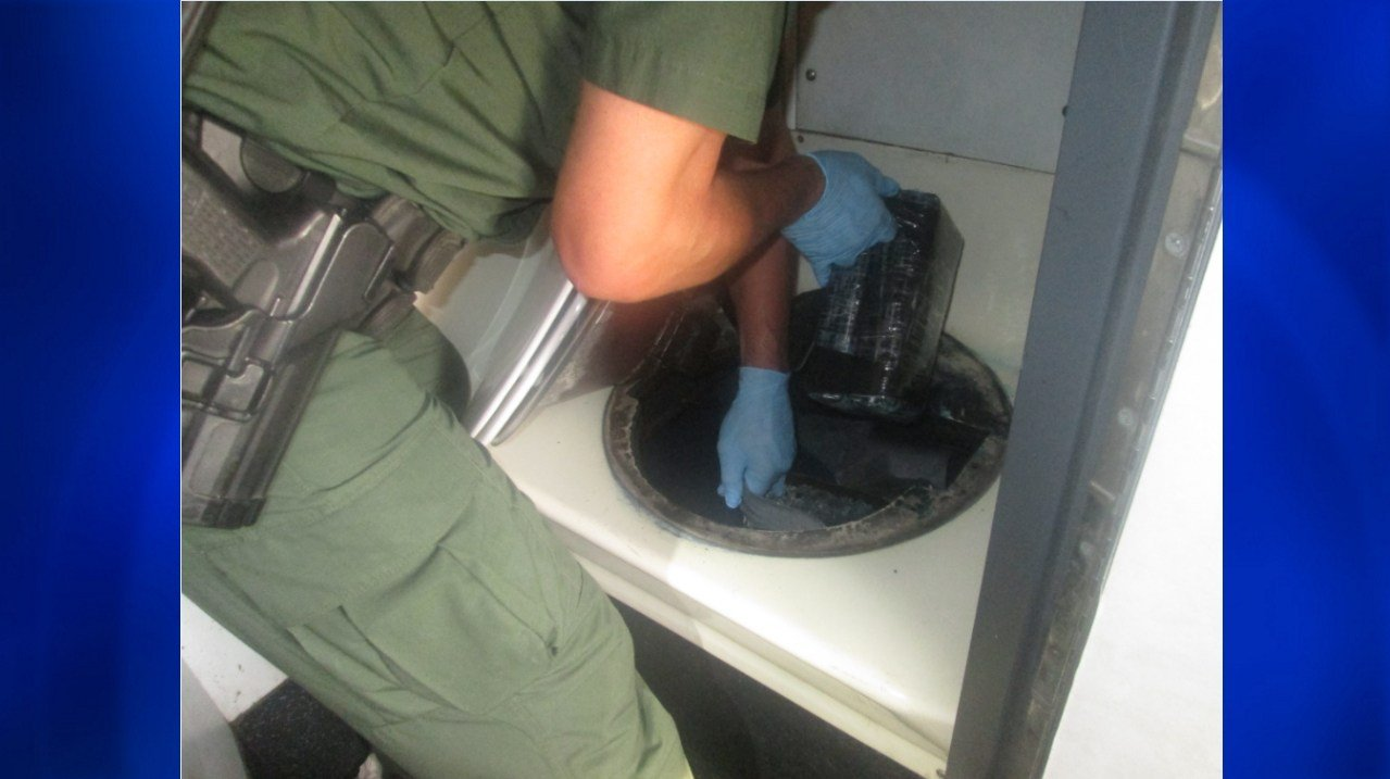 Agents in Texas seize 15 bundles of cocaine in bus toilet