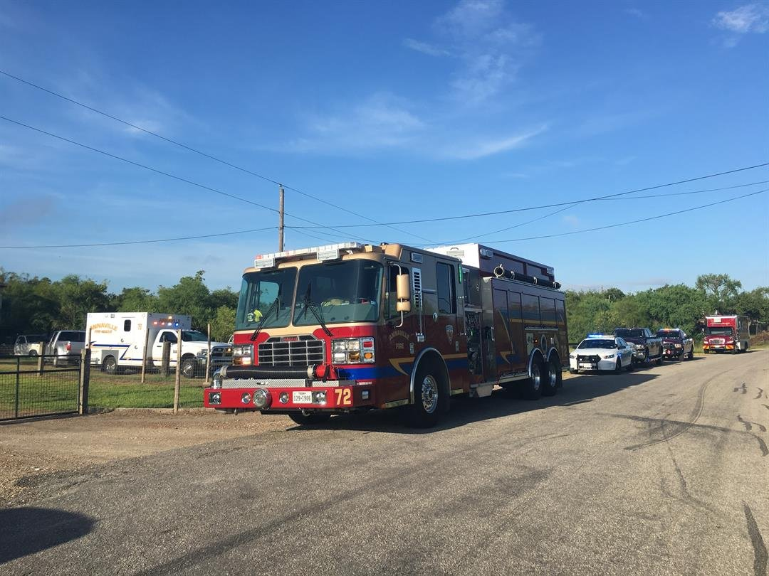 Emergency crews are responding to a possible drowning in the Nueces River.