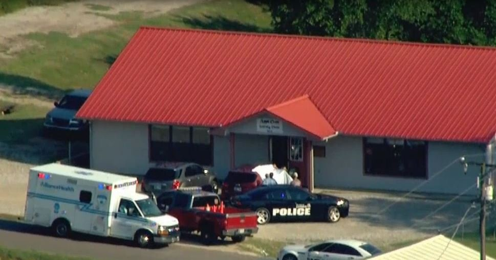 Baby girl dies after grandmother leaves her in hot auto