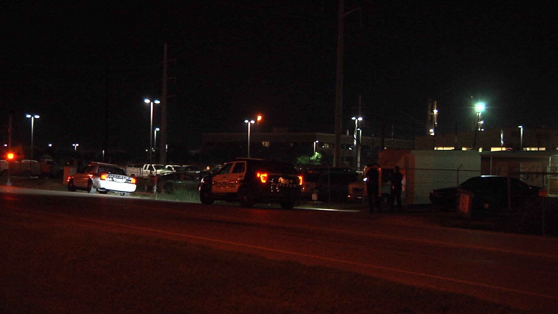 A man took his towed vehicle from the yard of a local company without paying.