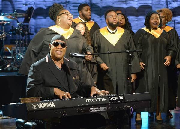 Stevie Wonder performs during Hand in Hand: A Benefit for Hurricane Relief at Universal Studios AMC on September 12, 2017 in Universal City, California. Kevin Mazur/Hand in Hand / Getty Images