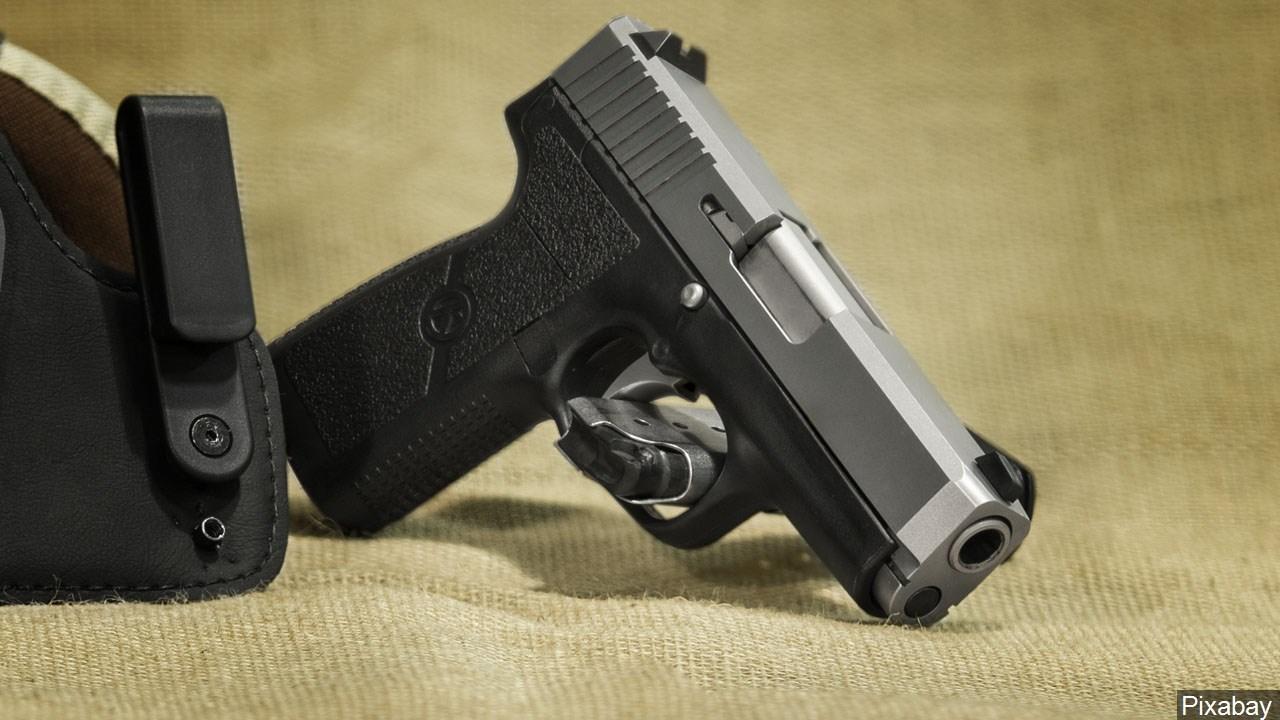 PHOTO: Handgun, Photo Date: February 25, 2015