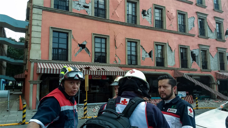 Red Cross workers in Mexico City following the earthquake. Photo: Mexico Red Cross
