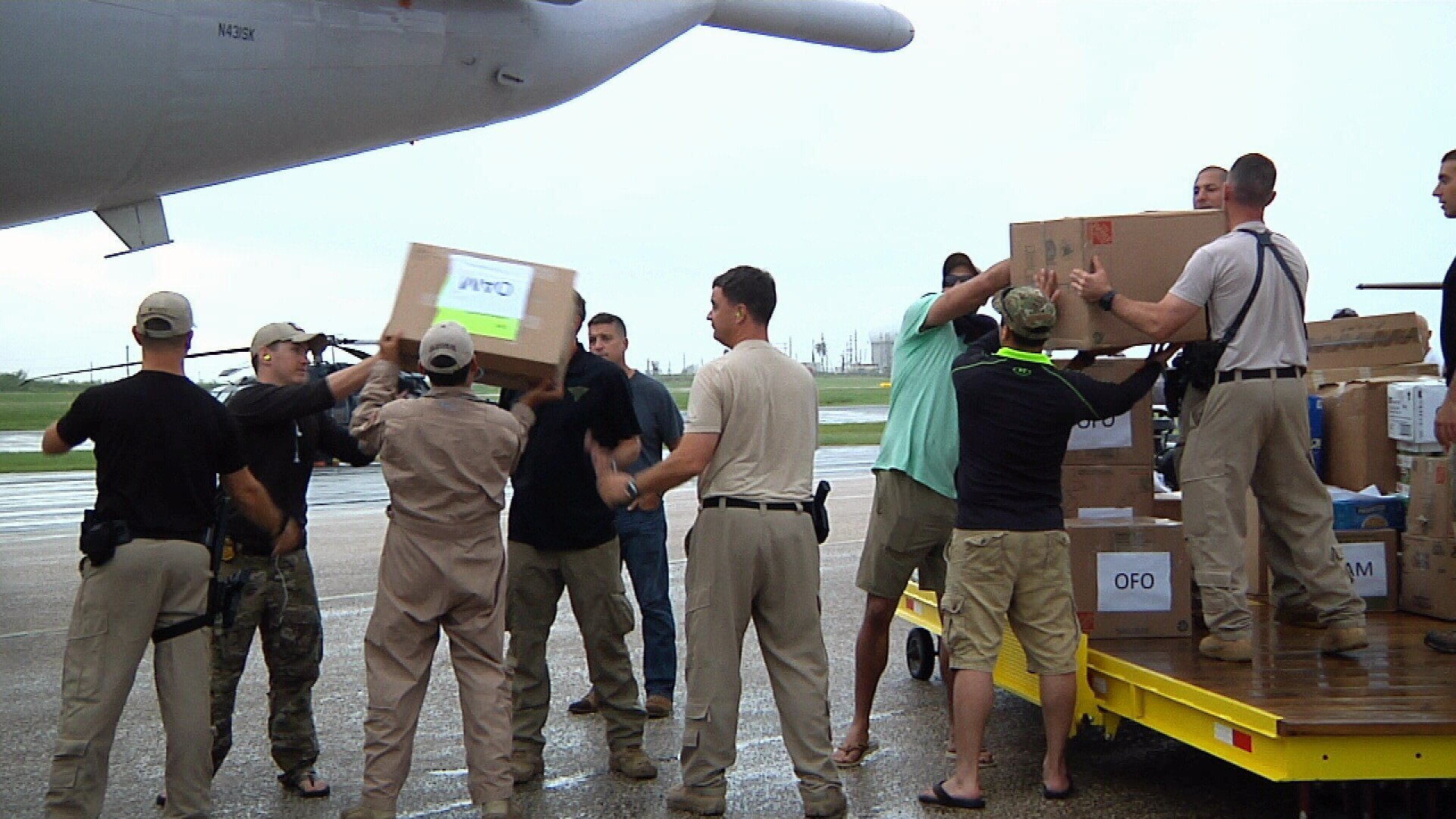 Customs and Border Protection agents unloaded the planes supplies, before the crew transported many of those agents back to Texas.
