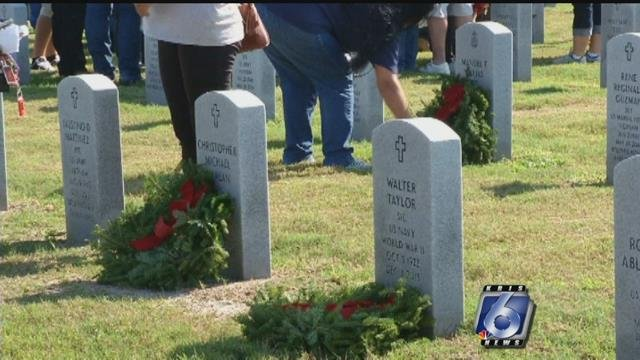 Veterans cemeteries to receive Christmas wreaths