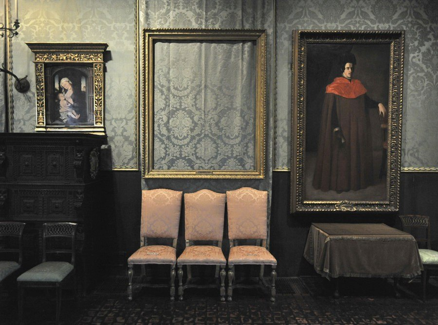25 Years After Art Heist, Empty Frames Still Hang In Boston's Gardner Museum. (npr.org)