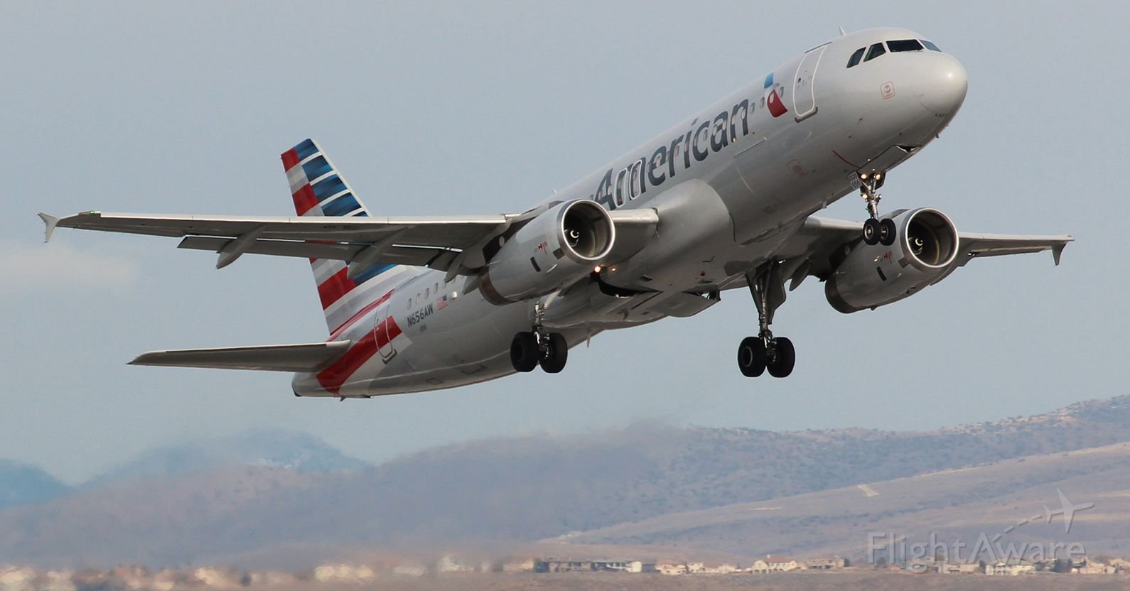 American Airlines A320 / Flight Aware