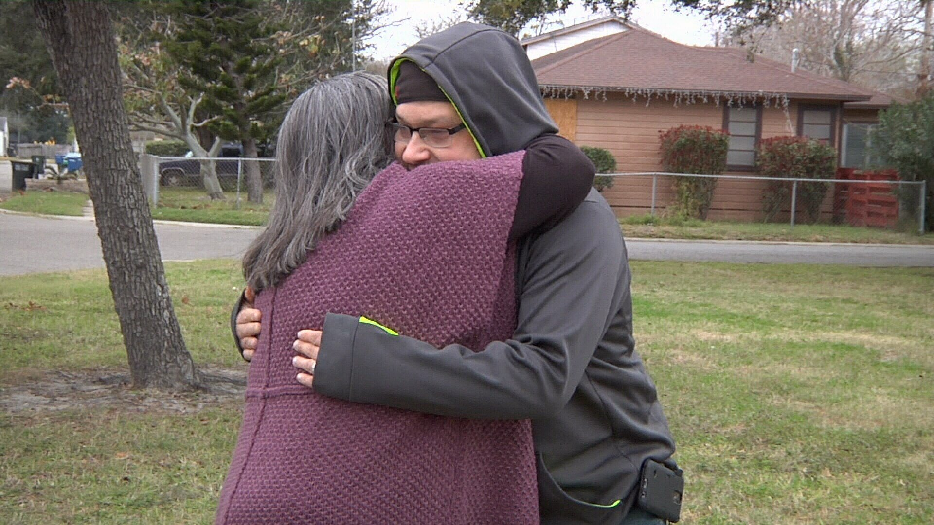 Family and friends of Joel Cunha say the military veteran was shot to death for trying to defend his 14-year-old daughter.
