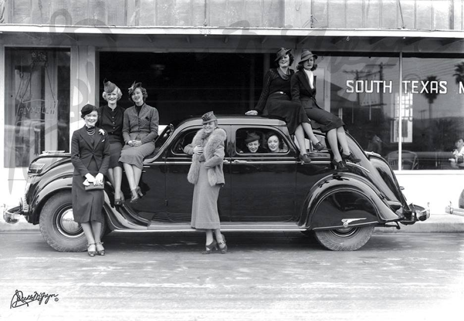"""November 22, 1936 - """"Fashionable Ladies"""". Photo courtesy of the Corpus Christi Museum of Science and History."""