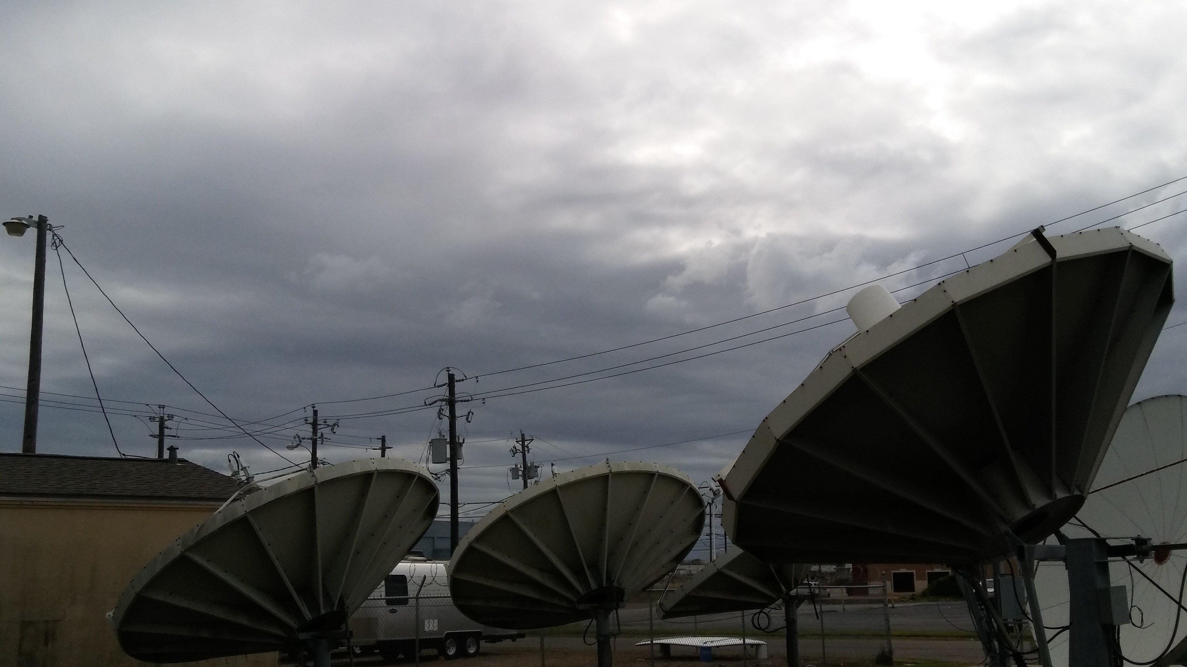 FIRST ALERT FORECAST: Few showers Saturday, heavy rain Sunday