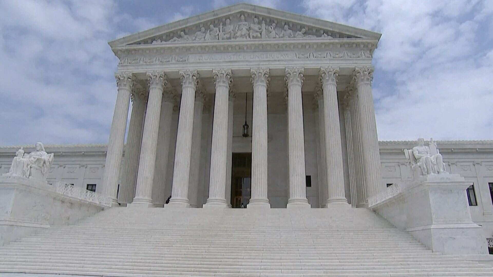The US Supreme Court Hears Arguments On Texas' Redistricting Maps