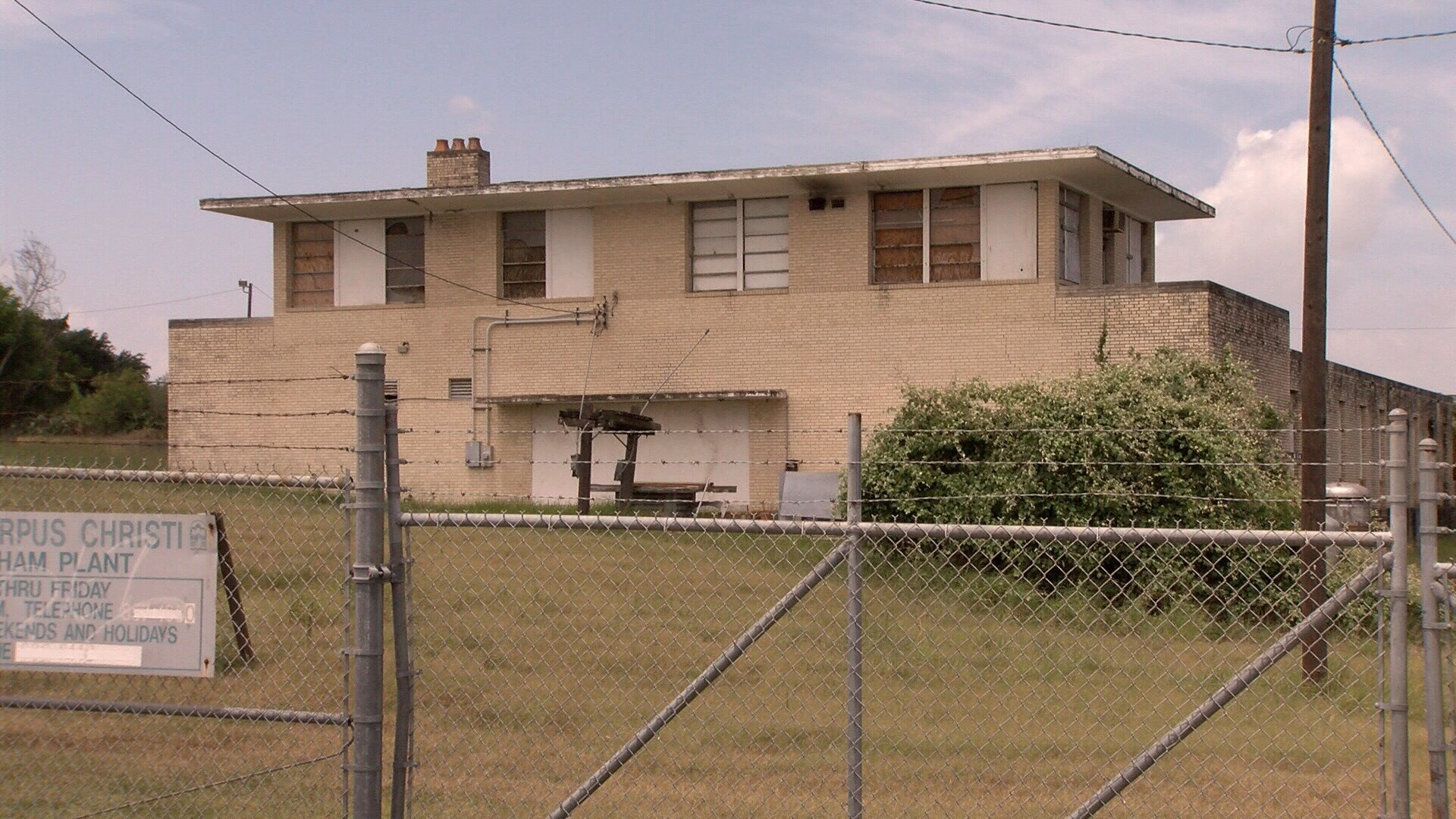 City staff say the old John W. Cunningham Water Plant off I-37 is ripe for redevelopment. (KRIS 6 News)