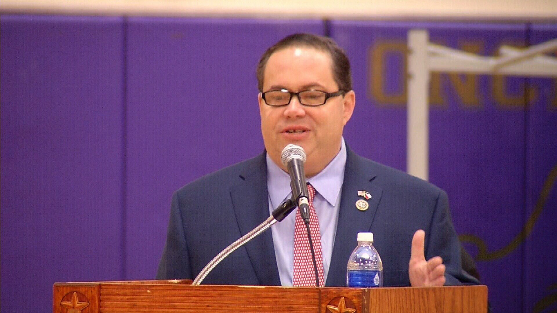Lawsuit claims Calhoun Port officials hired Blake Farenthold illegally