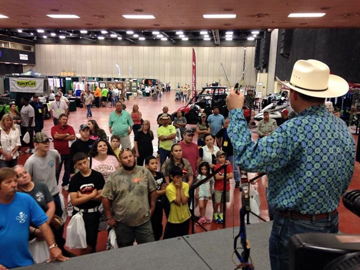 Hunting and fishing enthusiasts enjoy outdoor expo for Hunting and fishing show